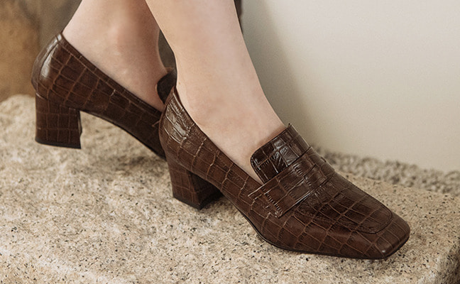 croc square middle heel