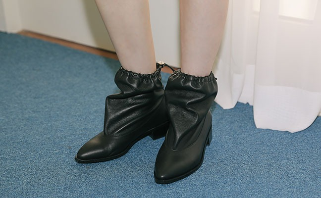 pocket ankle boots