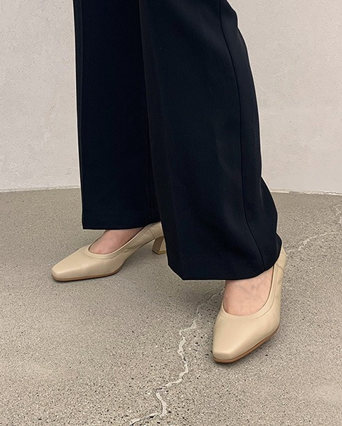 slinn wrinkle pumps_ beige
